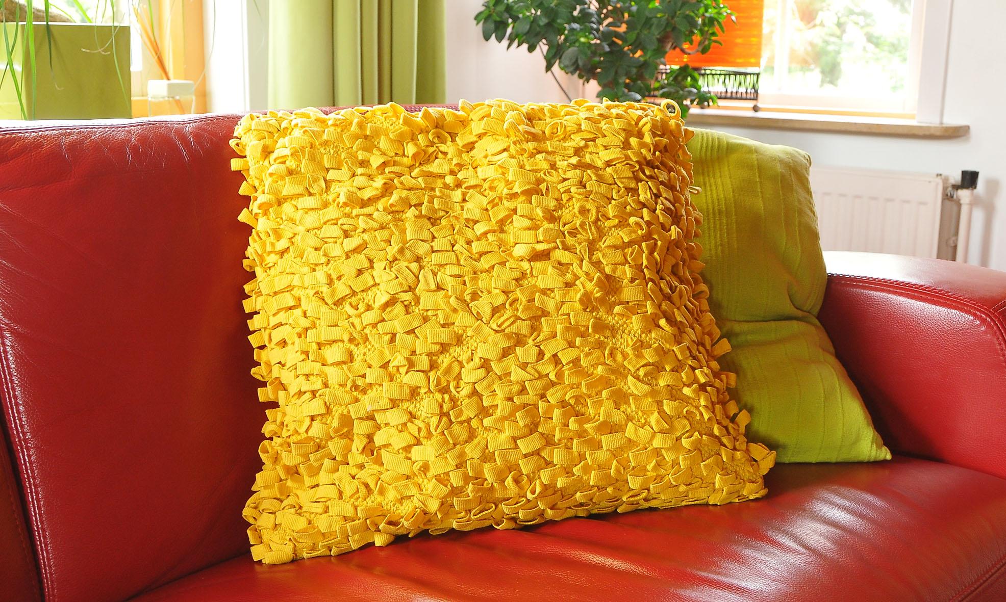 kussens geef kleur aan je interieur lindas lifestyle